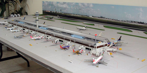 1400 Scale Miniature Airport
