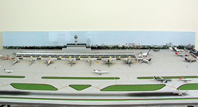 1:400 Singe Runway Gemini #2 Model Airport