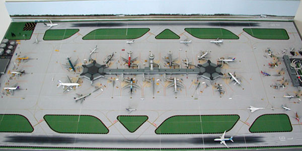 1:400 scale miniature airport