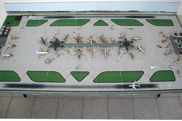 1:500 Dual Runway Airport