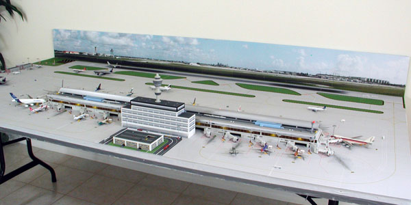 Model Airport Terminal Building #3 | Airport Diorama Designs