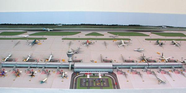 1//200 Accessories Large Airport Parking Apron Ground Foil