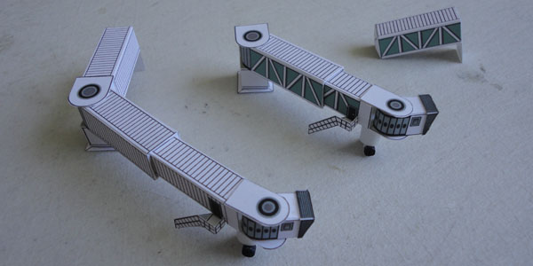 Model Airport Jetways | Airport Diorama Designs